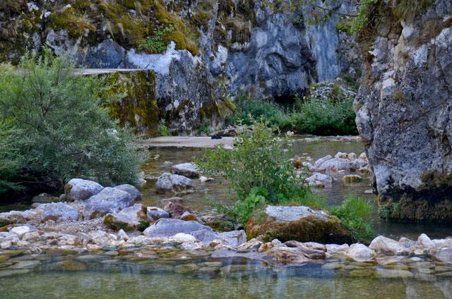 Mala Komarnica, na ulazu u kanjon Nevidio