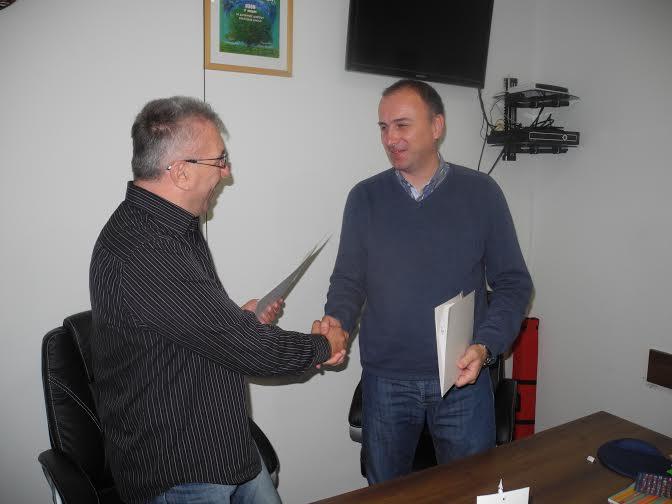 Detalj sa potpisivanja memoranduma o saradnji Ozona i Breznice (Foto: Bato Perović)