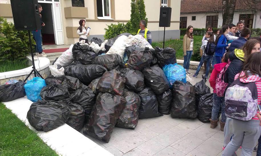 Sakupljeno oko 300 kg otpadnih limenki