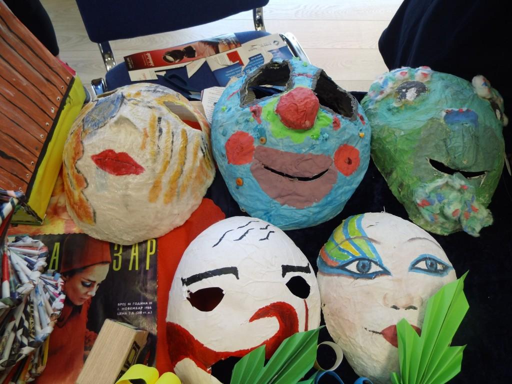 Maske od recikliranih materijala privukle pažnju posjetilaca (Foto: Jasmina Rojević)