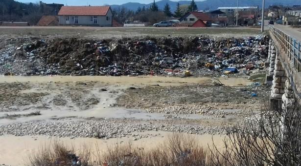 Video: Ekocid na rijeci Gračanici