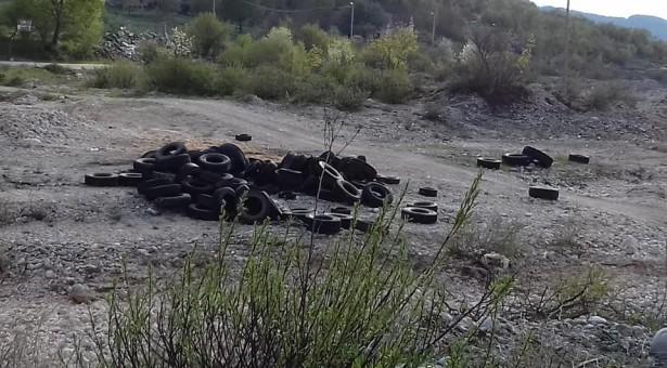 Paljenje guma tokom prvomajskih praznika ugrozilo javno zdravlje Nikšićana